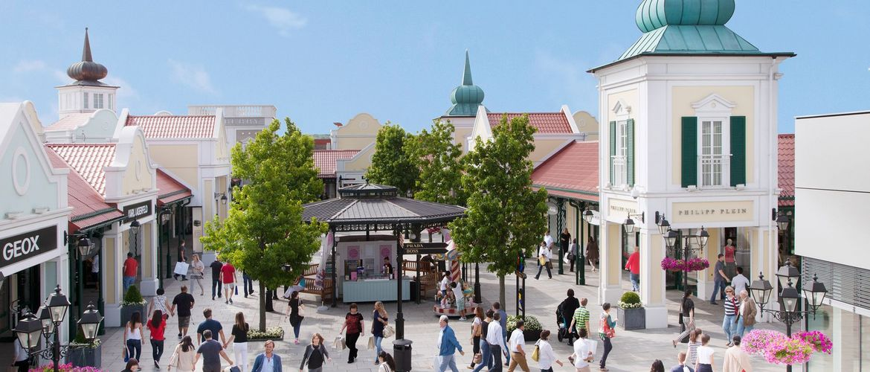 Parndorf Square